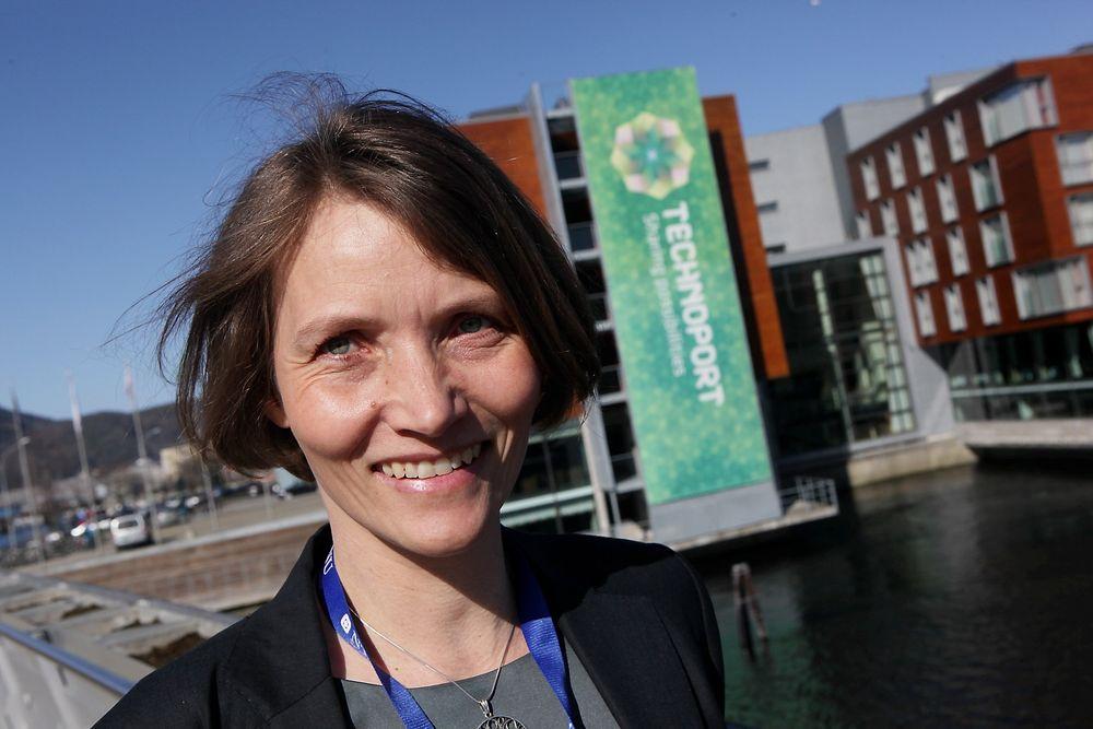 FORNØYD: Konferansesjef Heidi Fossland sier den første store internasjonale forskningskonferansen Technoport har vært en suksess. Hun håper konferansen bidrar til å finne nye teknologiløsninger som kan bremse klimaendringene.