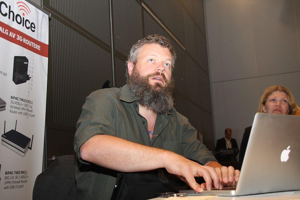 BREMS: IPv6-sjef i Norge Torgeir Waterhouse mener staten bremser overgangen til det nye adressesystemet på internett.