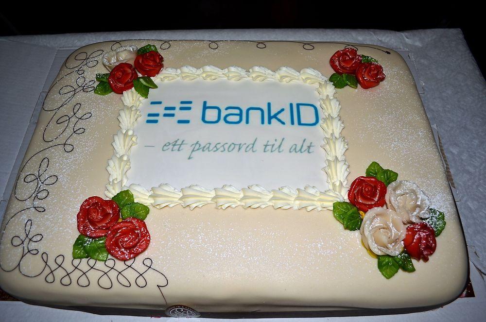 I BOKS: Denne kaken skal til livs hos BankID i dag, etter at eID-kontrakten med staten er i boks.