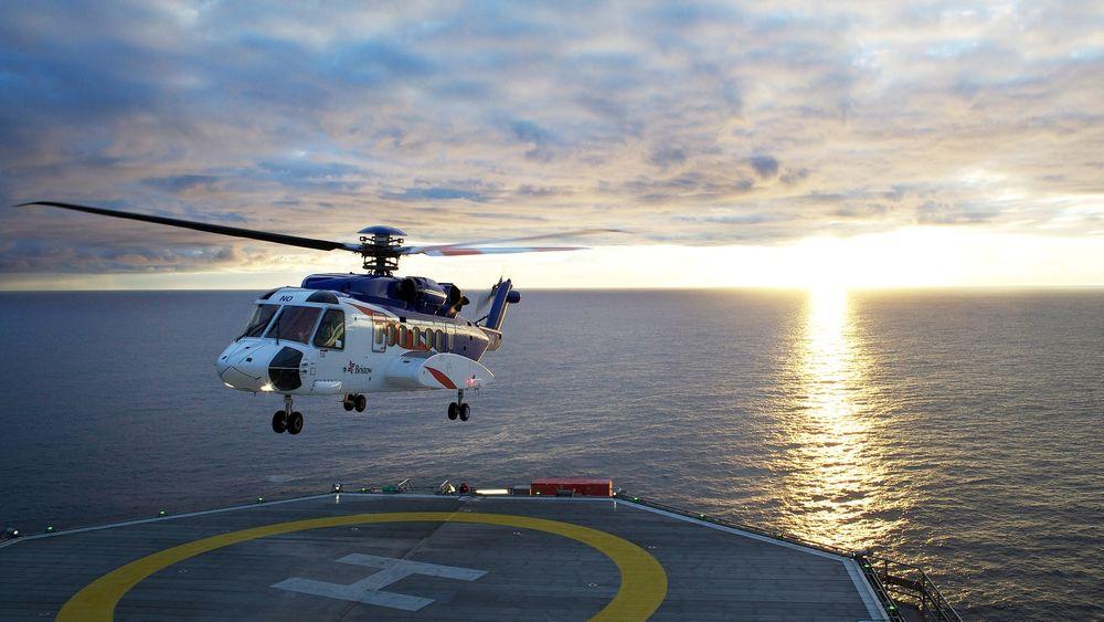 Et Sikorsky S-92 går inn for landing på Grane-plattformen. Flere piloter hos selskapet Bristow Norway har fått hørselsskader etter å ha flydd helikopteret.