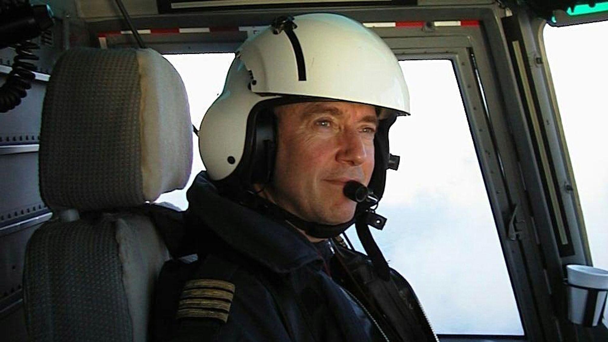 Yrkesskadet: Helikopterpilot Amund-Ragnar Bjerkeseth er svært kritisk til bransjen og myndighetenes håndtering av støyskader hos piloter.