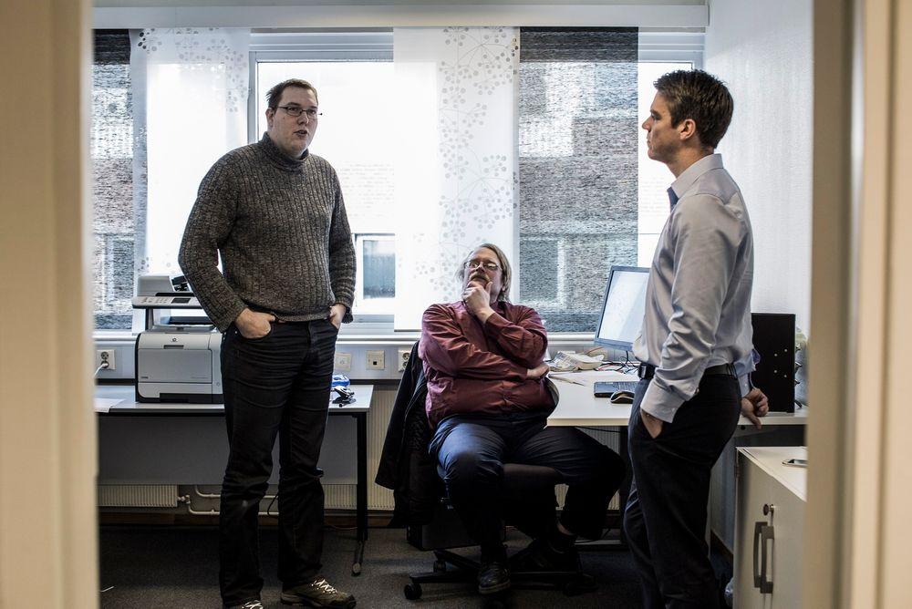 Ny tilværelse: Ole-Fredrik Apenes (t.v.) og Tor Aasen var trygdet av Nav før Lars Johansson-Kjellerød ga dem jobb som IT-konsulenter i Unicus.