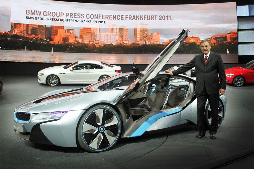 BMW i8 ble presentert i fjor høst og plug-in-hybriden kommer på markedet neste år.