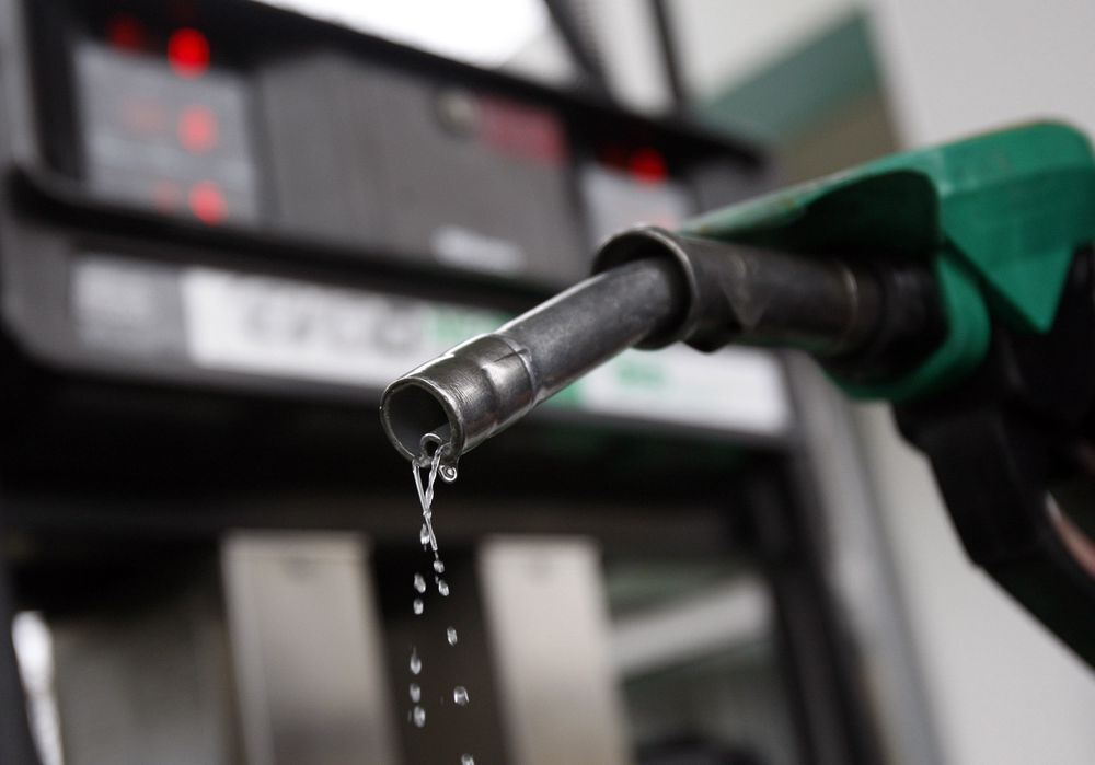 Pengene sløses bort i oljebransjen, ifølge Stiftelsen Navitas og Norsk olje og gass. Nå skal Møreforskning kartlegge tidsbruken blant ansatte i operatørselskap, hovedkontraktører og leverandørindustrien for å finne tidstyvene. Resultatet presenteres senere i år.
