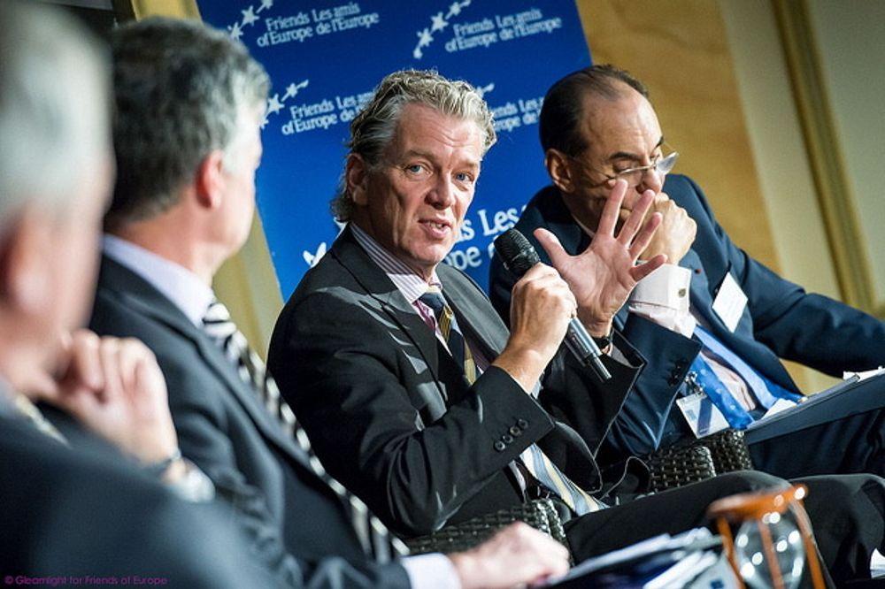 I 2020 bør landene bli enige om en høy CO2-pris og droppe støtte til fornybar kraftproduksjon, sa Statnett-sjef Auke Lont på en konferanse i Brussel i går. (Foto: Friends of Europe)