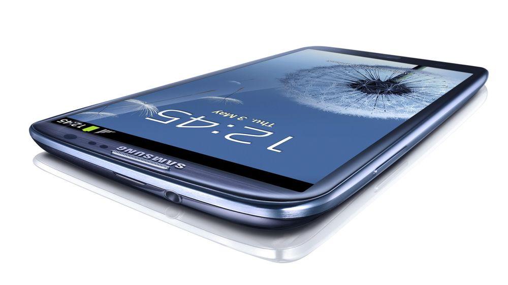 Samsungs millionselgende Galaxy S III vil ligge under mange juletrær i år, skal vi tro Elektronikkbransjen.