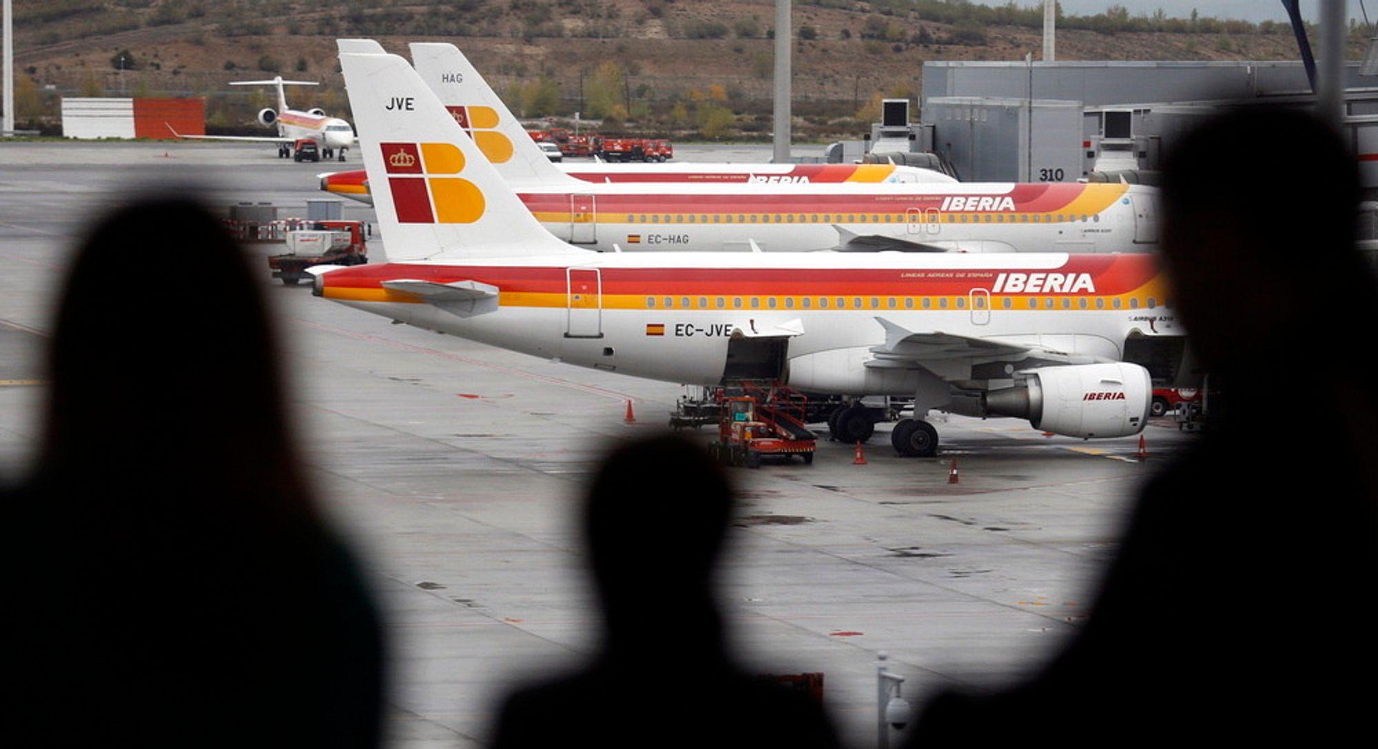 Flytrafikken i Europa er gjort til en del av EUs system for klimakvoter, men planene om å inkludere all internasjonal flytrafikk er nå lagt på is.