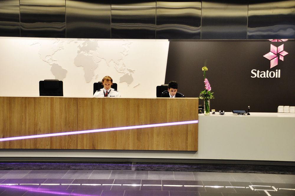 Økonomiprofessor mener staten bør kvitte seg med Statoil-aksjene, men frykter utflagging.