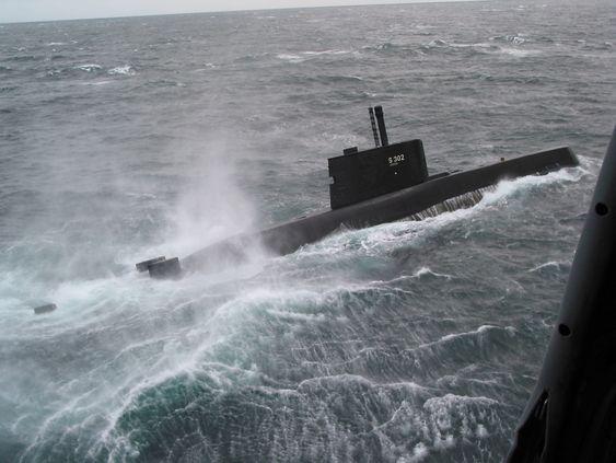 Her er den norske Ula-klasse ubåten Utstein. I 2014 blir det etter planen klart hvorvidt disse skal skiftes ut eller ytterligere oppgraderes.