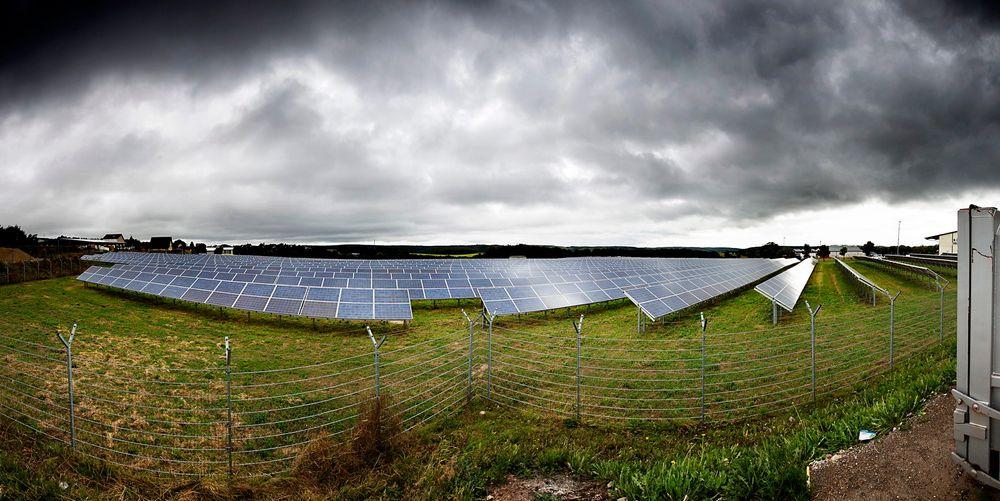 Mye solkraft: Solkraftverket Herhan i Nordrhein-Westfalen i Tyskland bidrar med sine 1,35 MW til at Tyskland kan nå sitt mål om å få 50.000 MW solkraft i 2020.