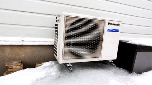 40 prosent av varmepumpeinstallatørene driver ulovlig