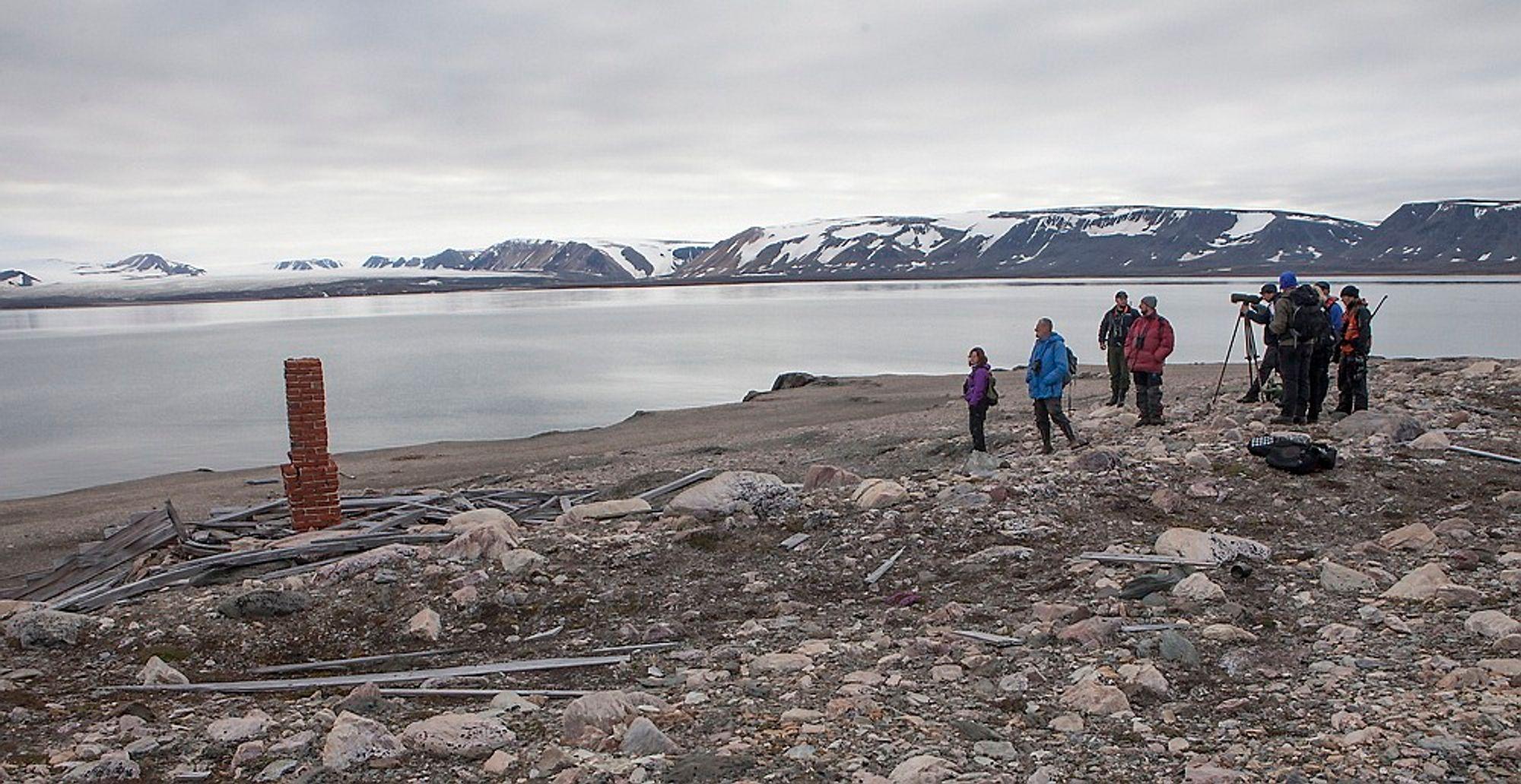 TURISME PÅ SVALBARD: Målet er å drive turisme uten å sette spor.
