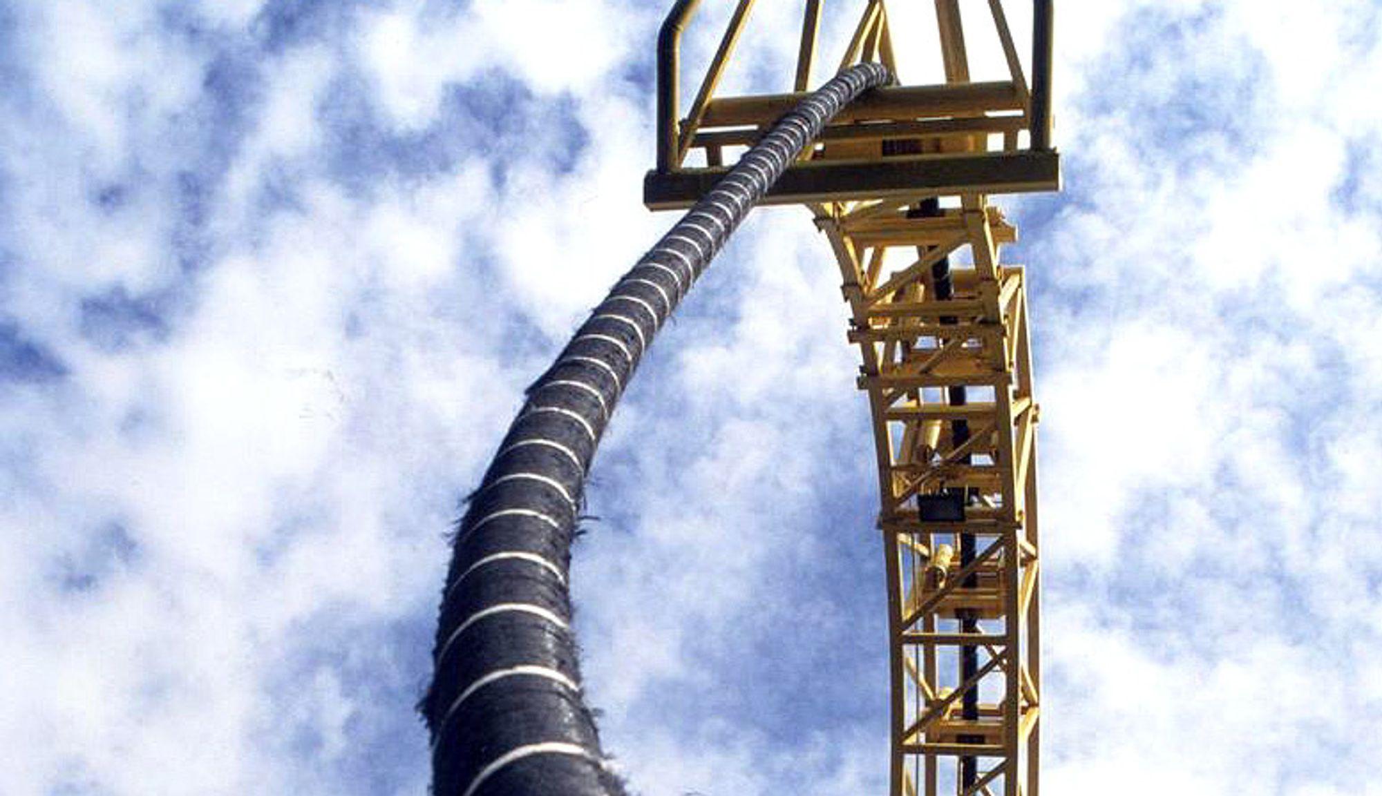Forsinket: Kabelprodusent Nexans kan ikke si når fabrikken i Halden får gjort ferdig kablene Statnett skal legge i Ytre Oslofjord. Illustrasjonsfoto: Statnett