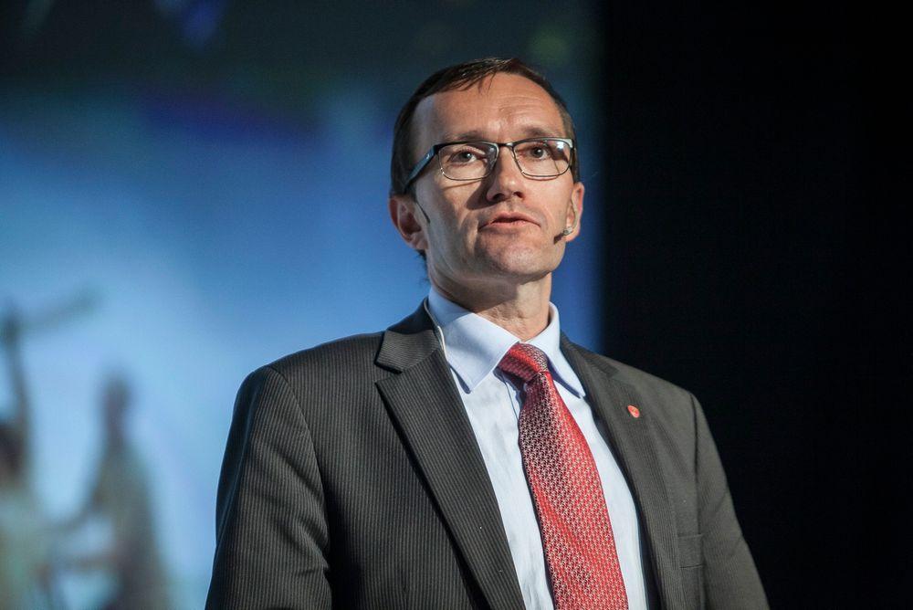 Espen Barth Eide mener oljeboring i Arktis vil komme, og at politikerne derfor må sørge for at reglene er klare.