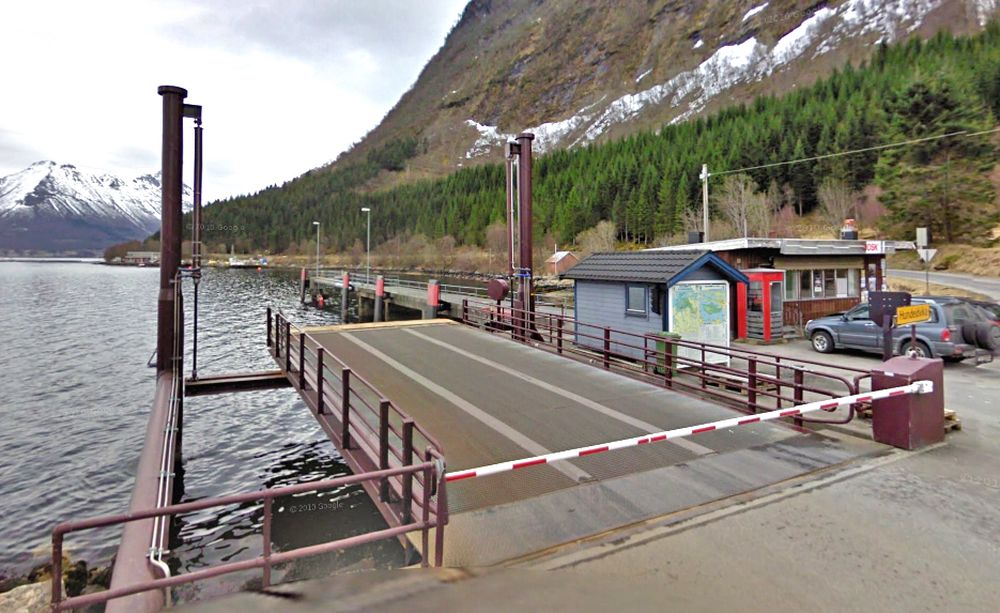Denne fergekaia er for liten til å ta de store båtene i europavegsambandet over Storfjorden. Hvis ingen benytter klageretten, skal Secora bygge ny og større fergekai.