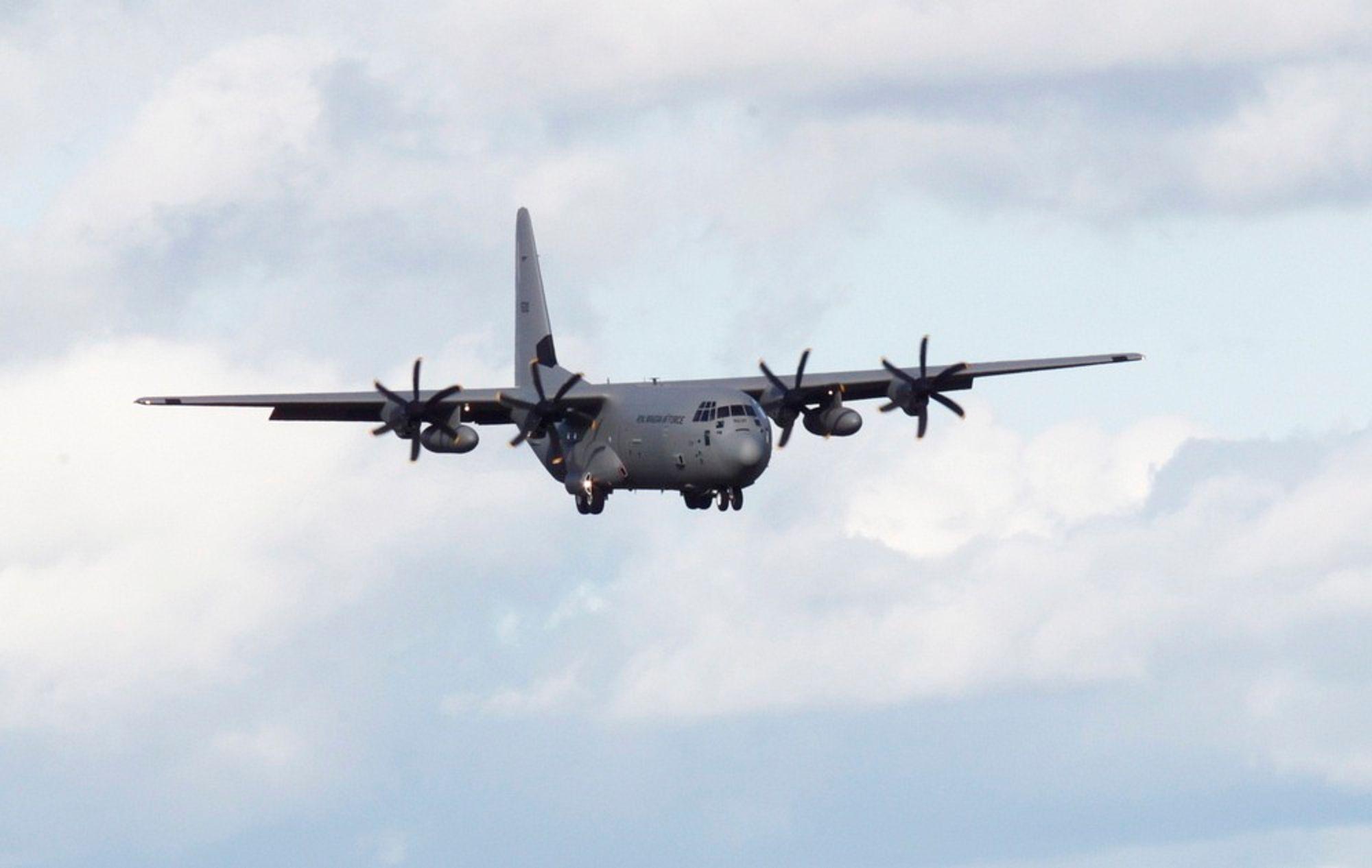 """UNDERSØKES AV HAVARIKOMMISJONEN: Luftforsvarets C130J Hercules """"Siv""""."""