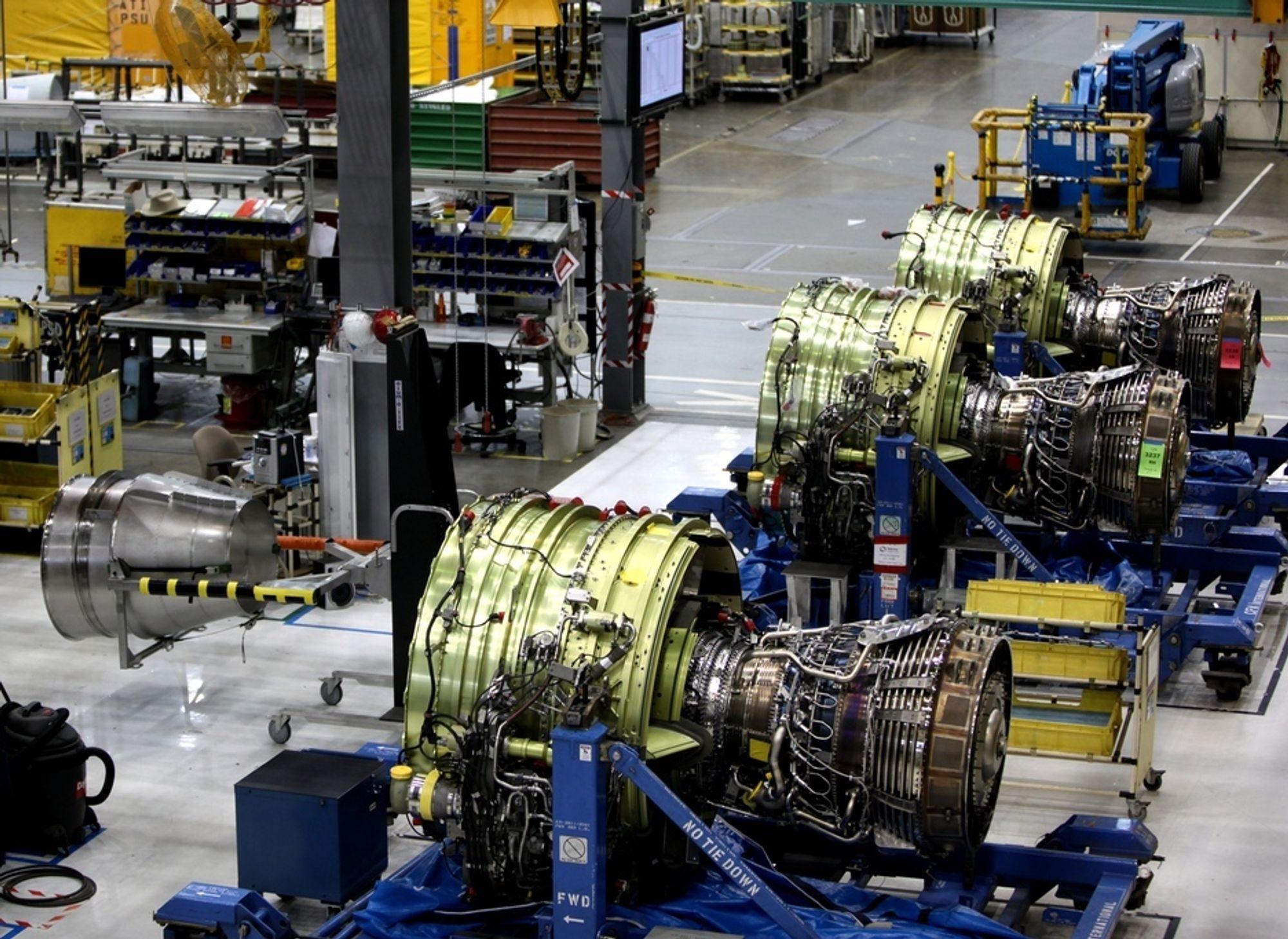 CFM56-motorer venter på å bli montert på Boeing 737-fly på fabrikken i Renton. Med tid og stunder blir slike motorer sendt blant annet til Sola for vedlikehold.