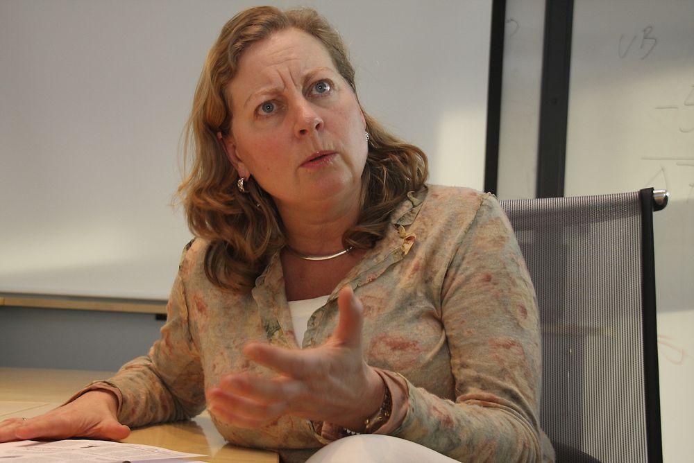 ALLE: Konserndirektør Berit Svendsen hos Telenor Norge vil at alle parter skal samarbeide om bedre strømsikring av telenettet.