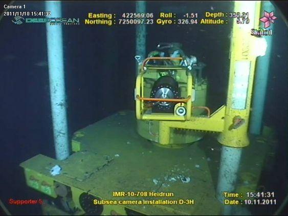 UNDER VANN: Her er et eksempl på hvordan kameraet ser ut under vann . Denne prototypen befinner seg på Statoils Heidrunanlegg.