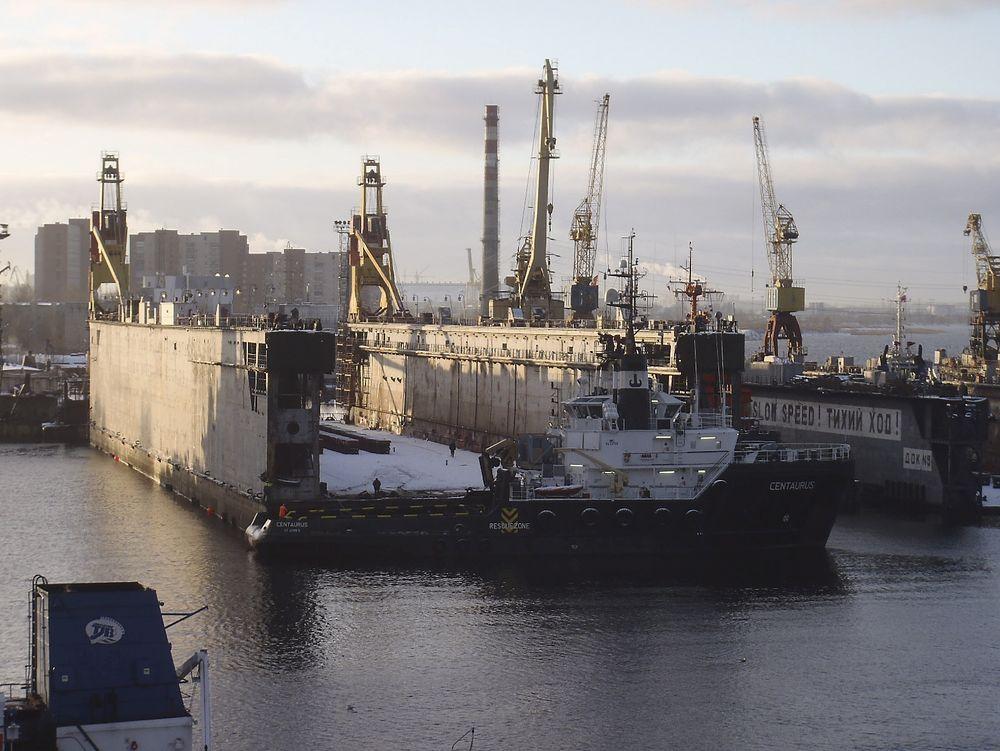 STØRRELSE: Flytedokken Kleven Maritime har kjøpt fra Russland er nær 170 meter lang og 40 meter bred. Den kan ta skip på inntil 28 meters bredde, og har en løfteevne på 15.000 tonn.