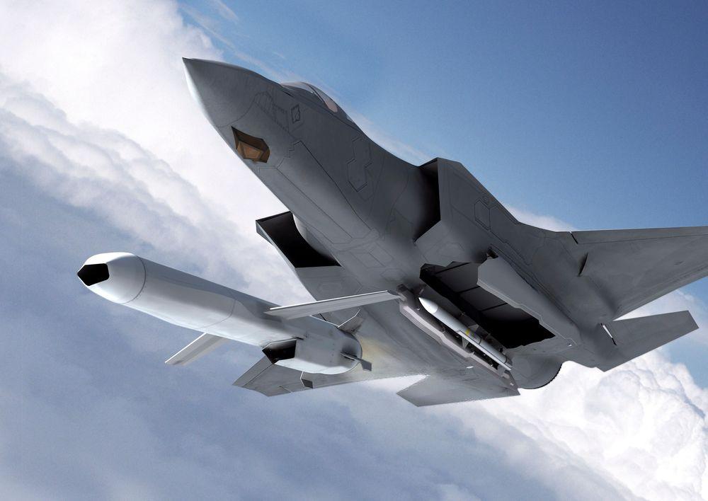 De kommende to årene skal det forberedes integrasjon av JSM på F-35.