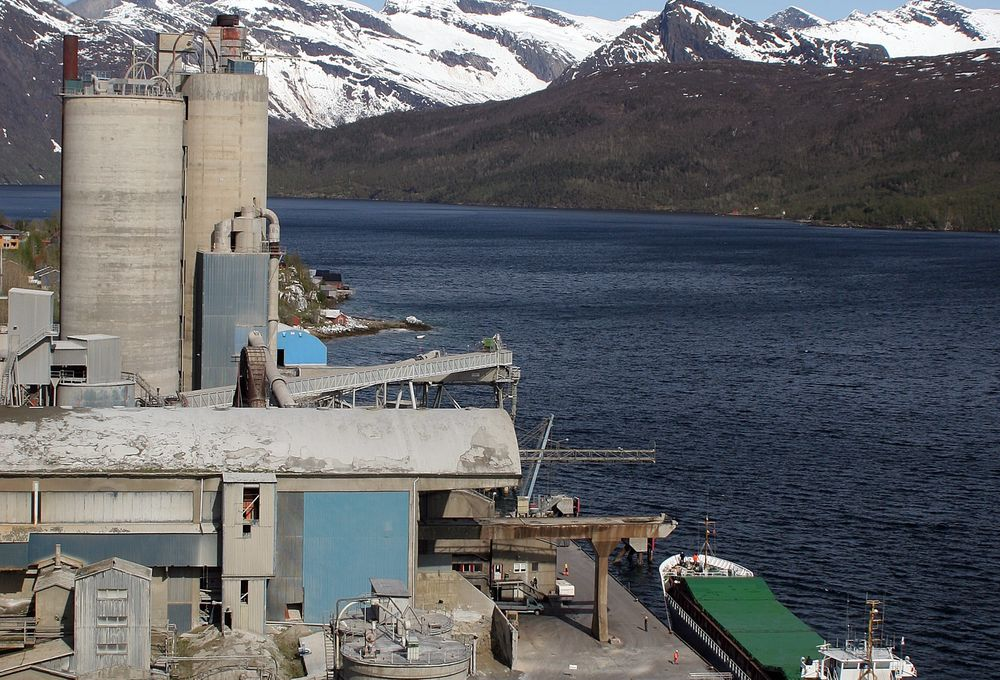 Norcems sementfabrikk i Kjøpsvik i Tysfjord kommune