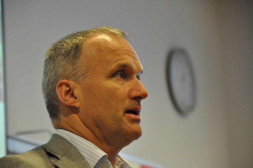 PUNKTLIG: NSB-sjefen Geir Isaksen snakker heller om tid enn om penger.