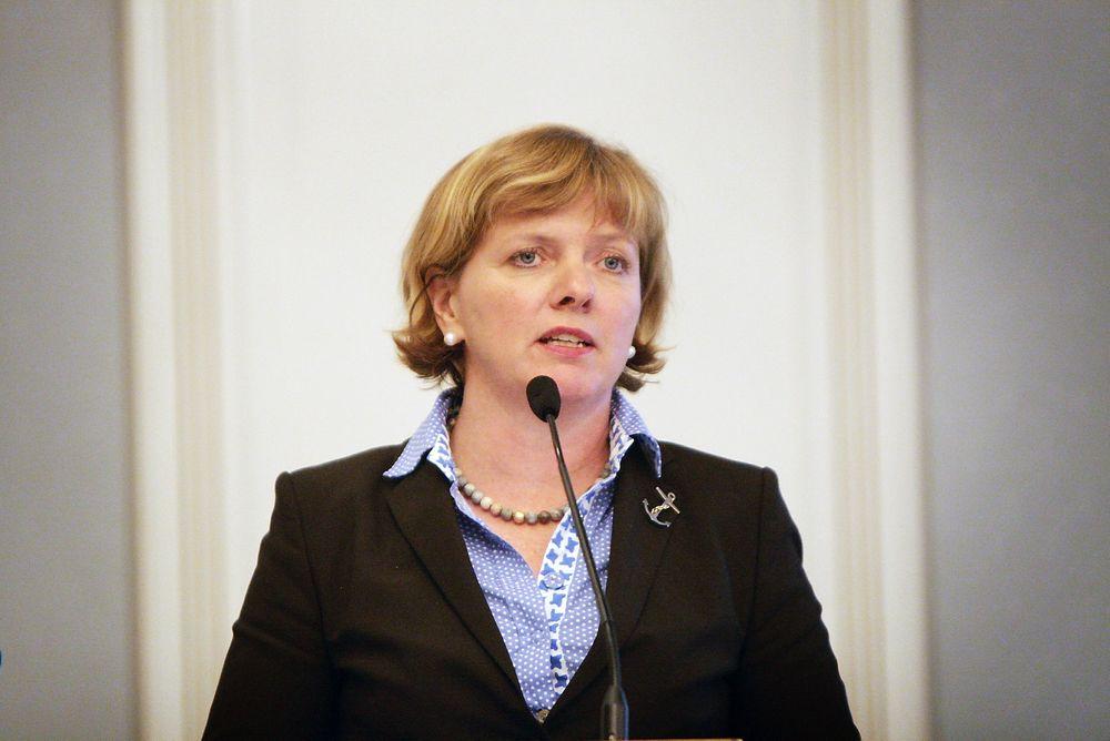 HÅPEFULL: Kystdirektør Kirsti Slotsvik håper sjøtransport blir prioritert i den neste nasjonale transportplanen.