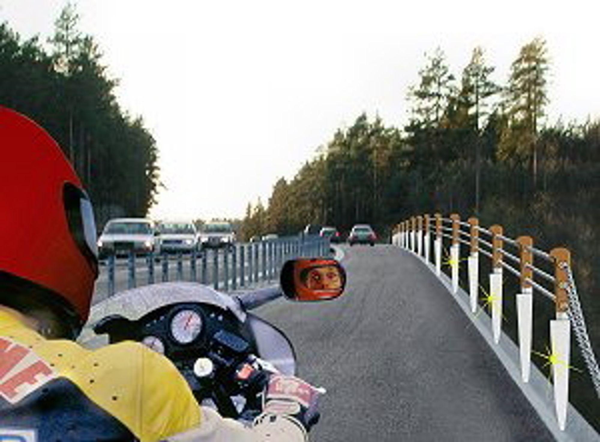 WIRE TIL BESVÆR: Samferdselsminister Mangnhild Meltveit Kleppa vil har wirerekkeverk. Interesseorganisasjonen for norske motorsyklister, NMCU, vil ikke ha wirerekkverk.