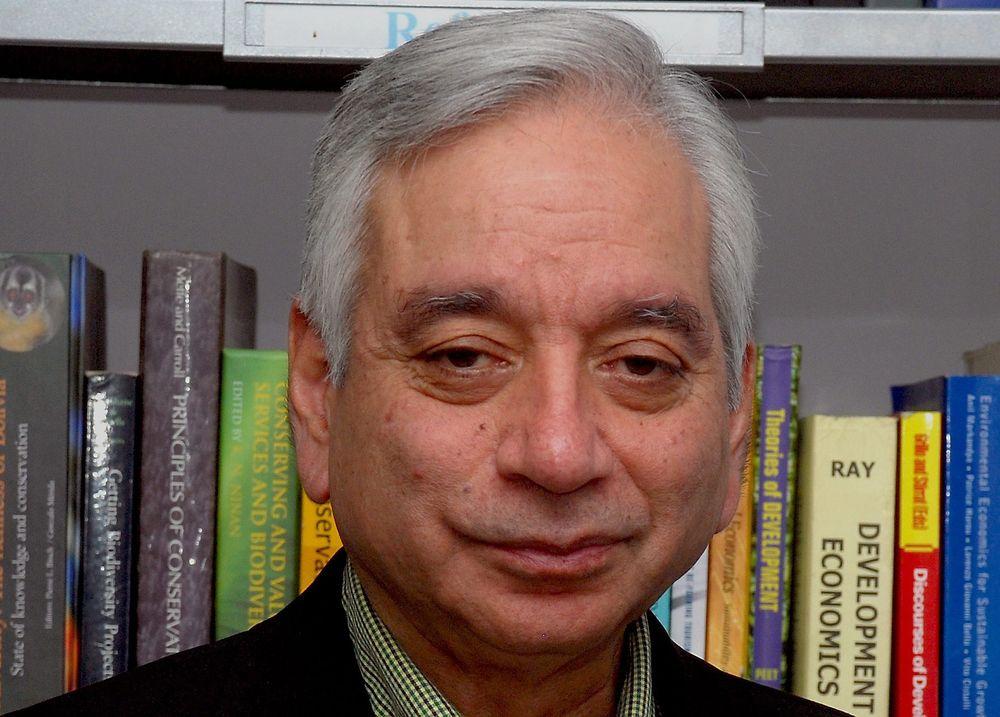 FØRSTE: Professor Kamal Bawa er den første som får den norske Gunneruspirsen for bærekraft.