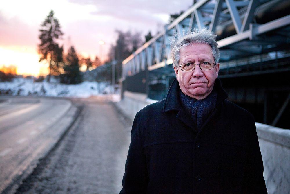 Vegdirektør Terje Moe Gustavsen gir klar beskjed til Veidekke og NCC om at anbud på asfaltoppdragene i Trøndelagsfylkene i år vil bli vurdert avvist.