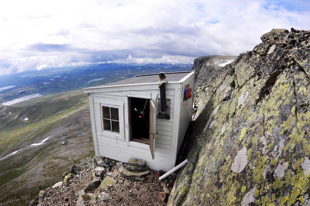 Skavereiret har ufattelig vakker utsikt, helt på kanten av Hallingskarvet, og med Hardangervidda under.