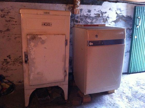 ET AV NORGES ELDSTE? Dette AEG-kjøleskapet er ennå ikke datert. Men 1943 er et hett tips.