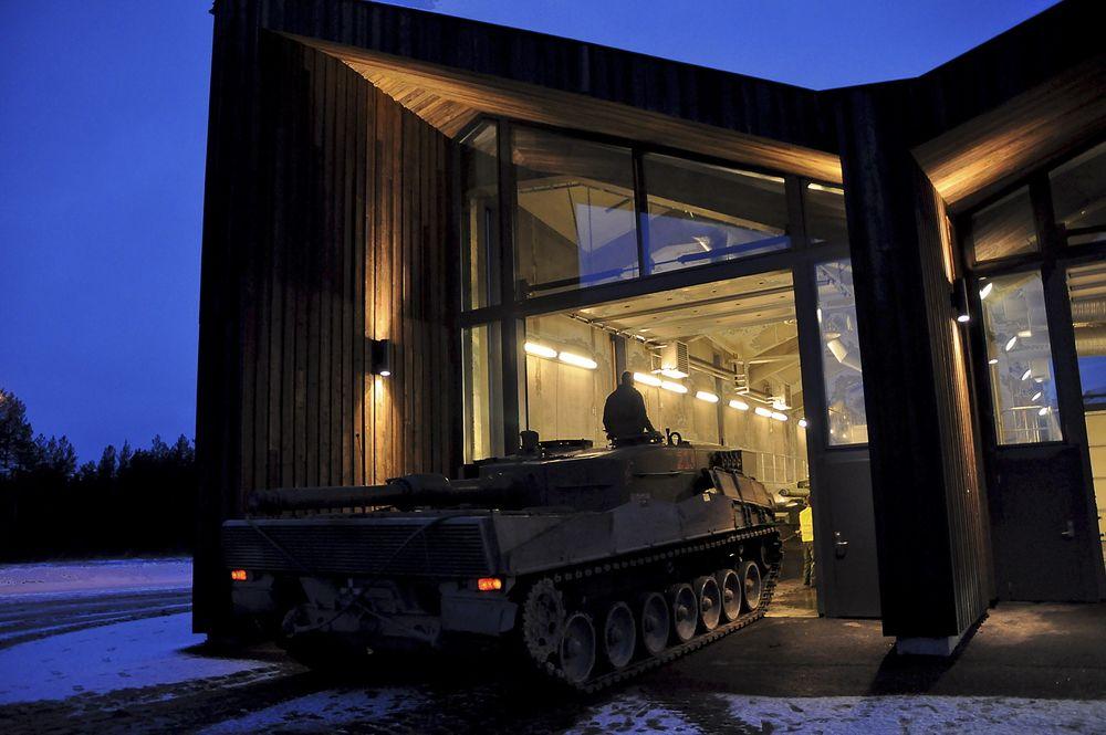 VASKEHALL: Setermoens vaskehall kostet 60 mill. og kan rengjøre 4 stridsvogner samtidig. Hallen er tegnet av Asplan Viak.