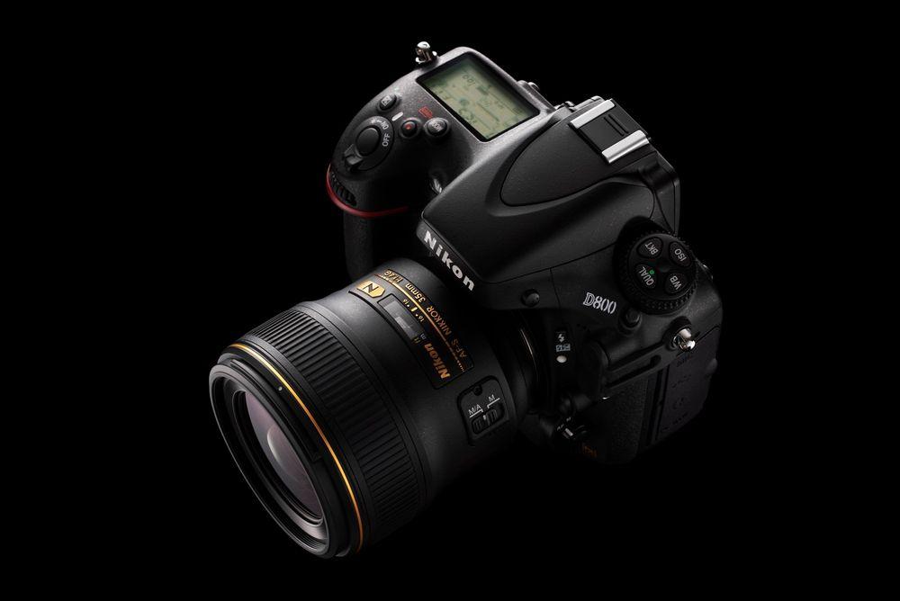 Nikon D800 får en fullformatssensor på hele 36 megapiksler og en solid prislapp.
