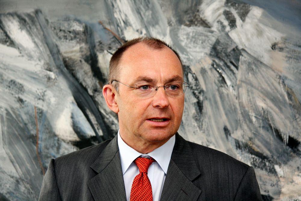 Konsernsjef Jan Arve Haugen ser at det er helt nødvendig å redusere kostnader for å hamle opp med Asia-verftene.