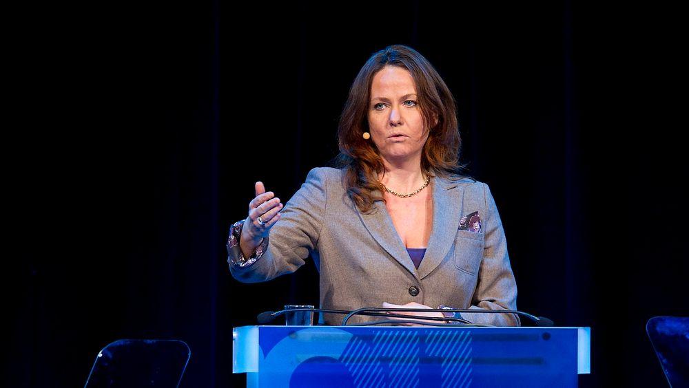 Tidligere statssekretær Heidi Sørensen tviler på om de grønne sertifikatene har noen positiv klimaeffekt, og sier kraftutbyggingen de fører med seg ødelegger naturen.