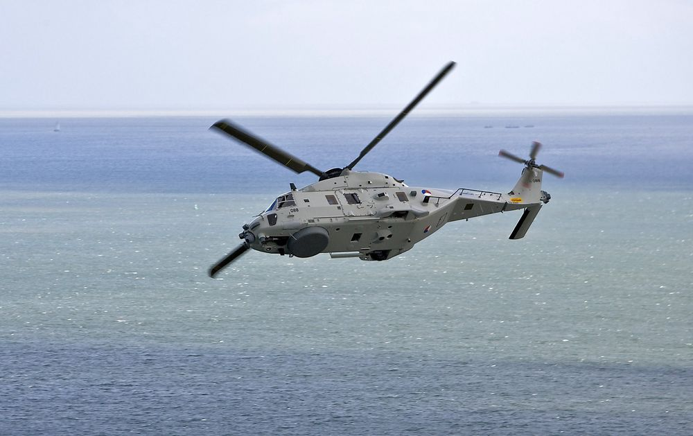 De nederlandske NH90-helikoptrene er stasjoner på Marine Vliegkamp de Kooy i Den Helder, fem-seks mil nord for Amsterdam. De første flyene ble deployert på marinefartøy i fjor, og nå er det avdekket uventede problemer.