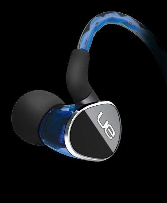 UE 900 Noise-Isolating Earphones: Toppmodell med hele fire høyttalerelementer som blir tildelt hver sin del av frekvensområdet av innebygde delefiltre.