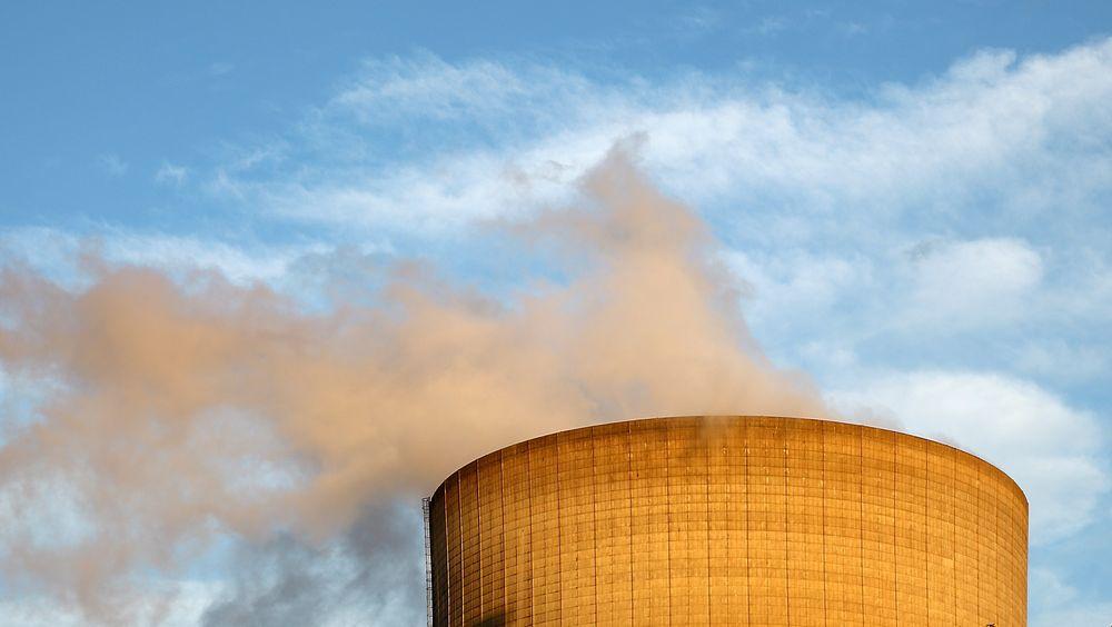 Storbritannia bygger nytt atomkraftverk for første gang på over 20 år.