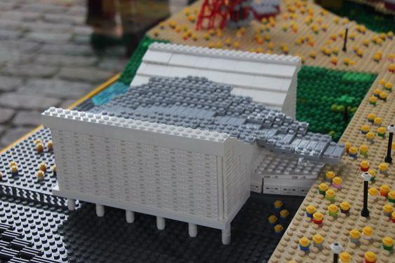 AQUATICS CENTRE: Designet av arkitekt Zaha Hadid, som har vunnet Pritzker-prisen.