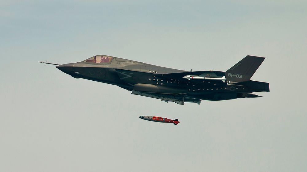 F-35 er det klart dyreste i drift av seks vestlige kampflyalternativ, ifølge ny rapport.