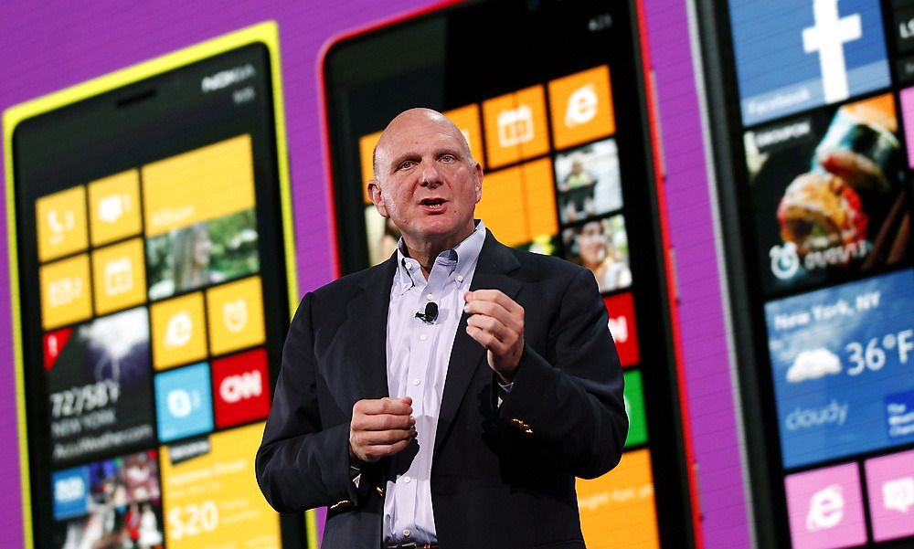 MOBILT LØFT: Microsofts CEO Steve Ballmer lanserte i dag Windows Phone 8 i San Francisco.