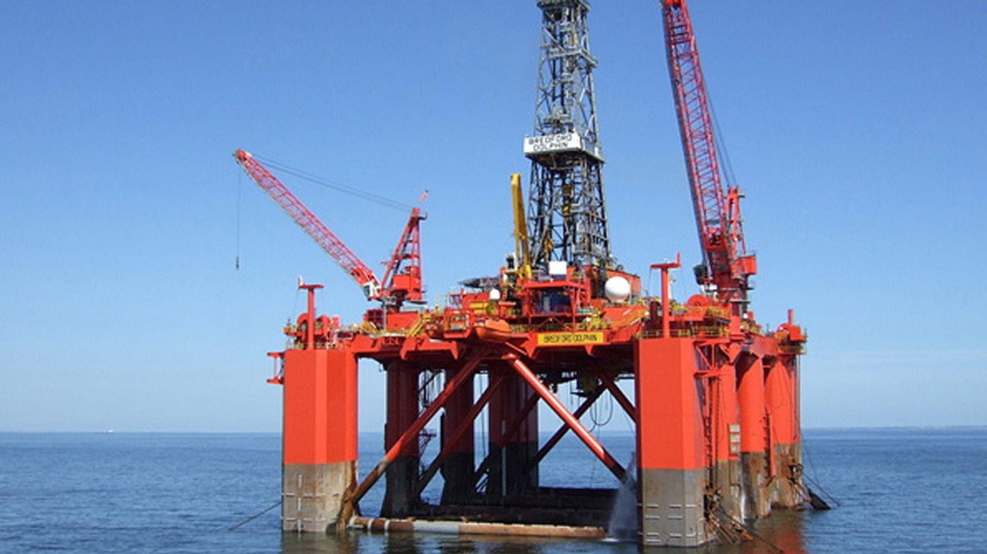 Dolphin Drilling begjærer seg konkurs.