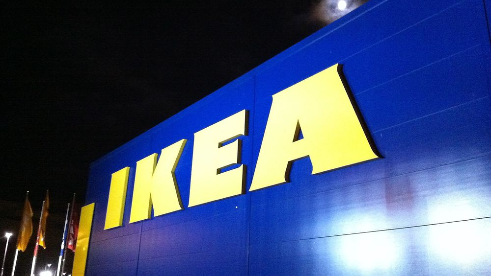 IKEA investerer i vindkraft og utstyrer varehusene sine med totalt 342.000 solcellepaneler.