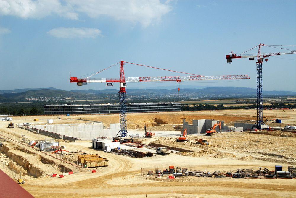 Her bygges fundamentet til verdens største fusjonsreaktor.