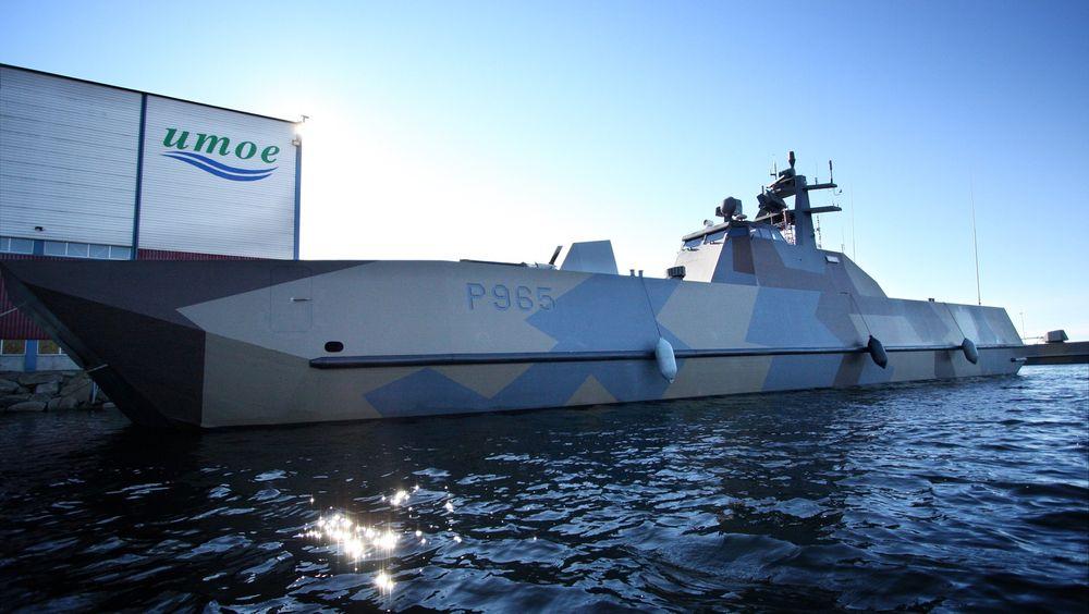 Stridsmaskin: KNM «Gnist» er den siste MTB-en som leveres fra verftet i Mandal. Båten har en toppfart på over 60 knop og kan skyte 120 skudd i minuttet.
