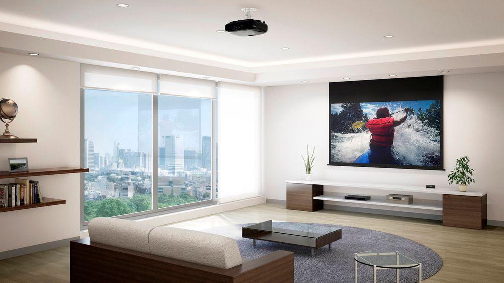 En projektor kan gi langt større bilder enn en tv til samme pris.