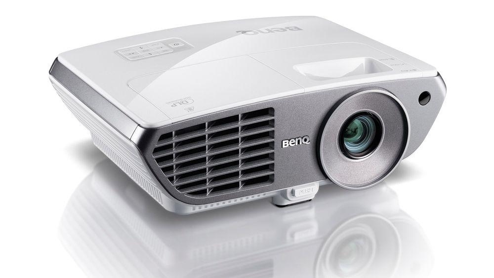 Har du et langt rom kan BenQ W1060 gi deg virkelig store bilder.