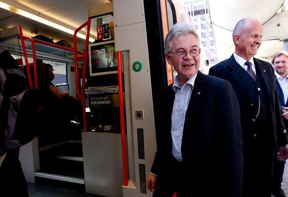 FRIR TIL KUNDENE: - Nå skal vi bli venner med pendlerne på Vestfoldbanen igjen, sier konserndirektør og leder for NSB persontog Tom Ingulstad.